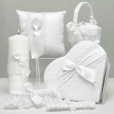 Lace Allure Collection heart guest book