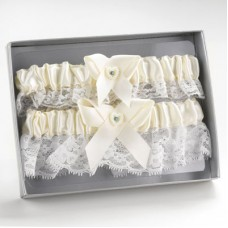 Ivory Heart Keep/Throw Garter Set
